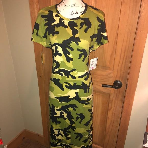 30dde047ddd32 LuLaRoe Dresses | Nwt M Llr Army Green Camo Maria | Poshmark